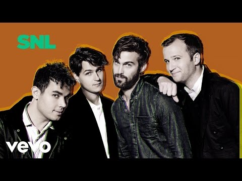 Vampire Weekend - Unbelievers (Live on SNL)