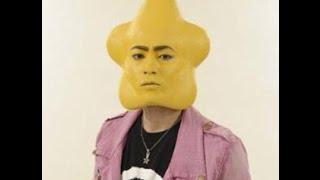 山田孝之は何の役でもこなせる俳優のようですね。CMでも大活躍中。 若い...