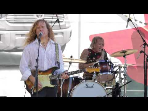 My Way Down - Chris Duarte At The 2016 Dallas International Guitar Show