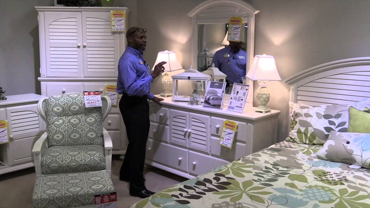 Pinellas Park Bedroom Furniture Broyhill King Queen Full And Twin Size,  Dresser, Mirror