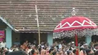 thuruthoor church kodikayattam 2011