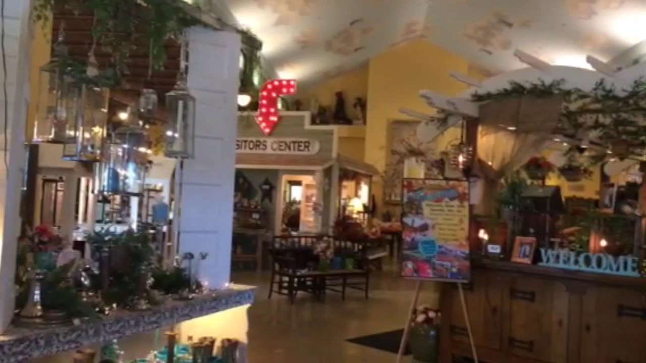 Warm Glow Candle Outlet Store - YouTube