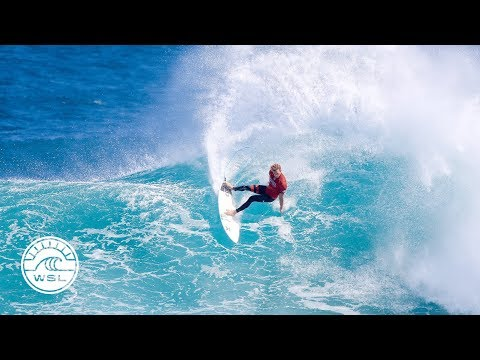 """2017 WSL Season Review: """"It's All About the World Title"""" Highlights"""