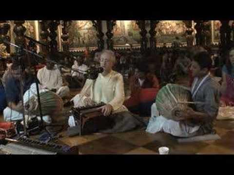 NY Eve Bhajan - Mukunda Datta das - Gaura Hari Bol - 4/16
