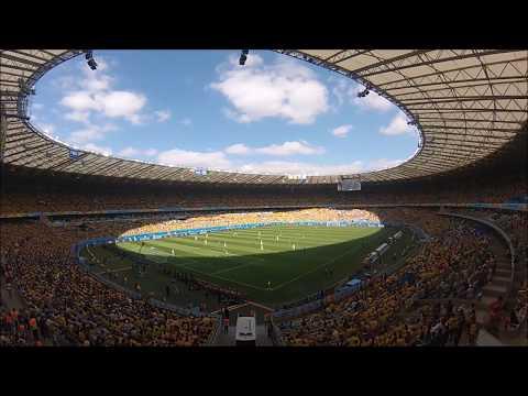2014 FIFA World Cup Brazil - Belo Horizonte - Colombia vs Greece - Ελλάς, ολέ, ολέ
