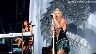 [HD] Pink & Butch Walker - Mean @ Live In St. Petersburg. Tuborg Greenfest
