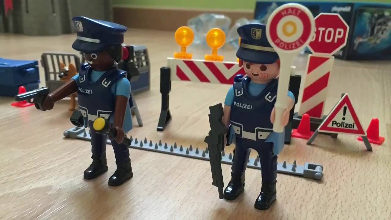 Playmobil Police Braquage Au Magasin Porsche Youtube