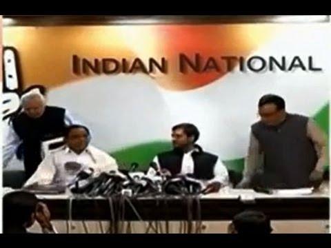 Lokpal Bill: Kamal Nath, Narayanasamy meet Rahul