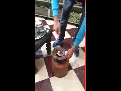 Abdul making us some Morroccan Tea in his herb shop