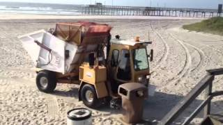 Garbage truck at Avalon beach