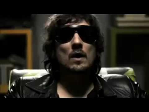 Sussie 4  - Remote Control (Feat. León Larregui)