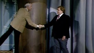 Louie Anderson's Incredible First Appearance on The Tonight Show Starring Johnny Carson - 11/20/1984