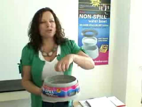 Road Refresher No Spill Water Bowl Demo - VipPets.us