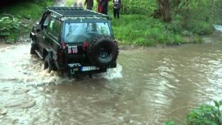 Nissan Patrol K160 Crossing the river