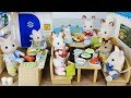 Baby doll rabbit Sylvanian Seaside food shop and house kitchen toys play 토끼 실바니안 해산물 음식점 주방 아기인형 장난감