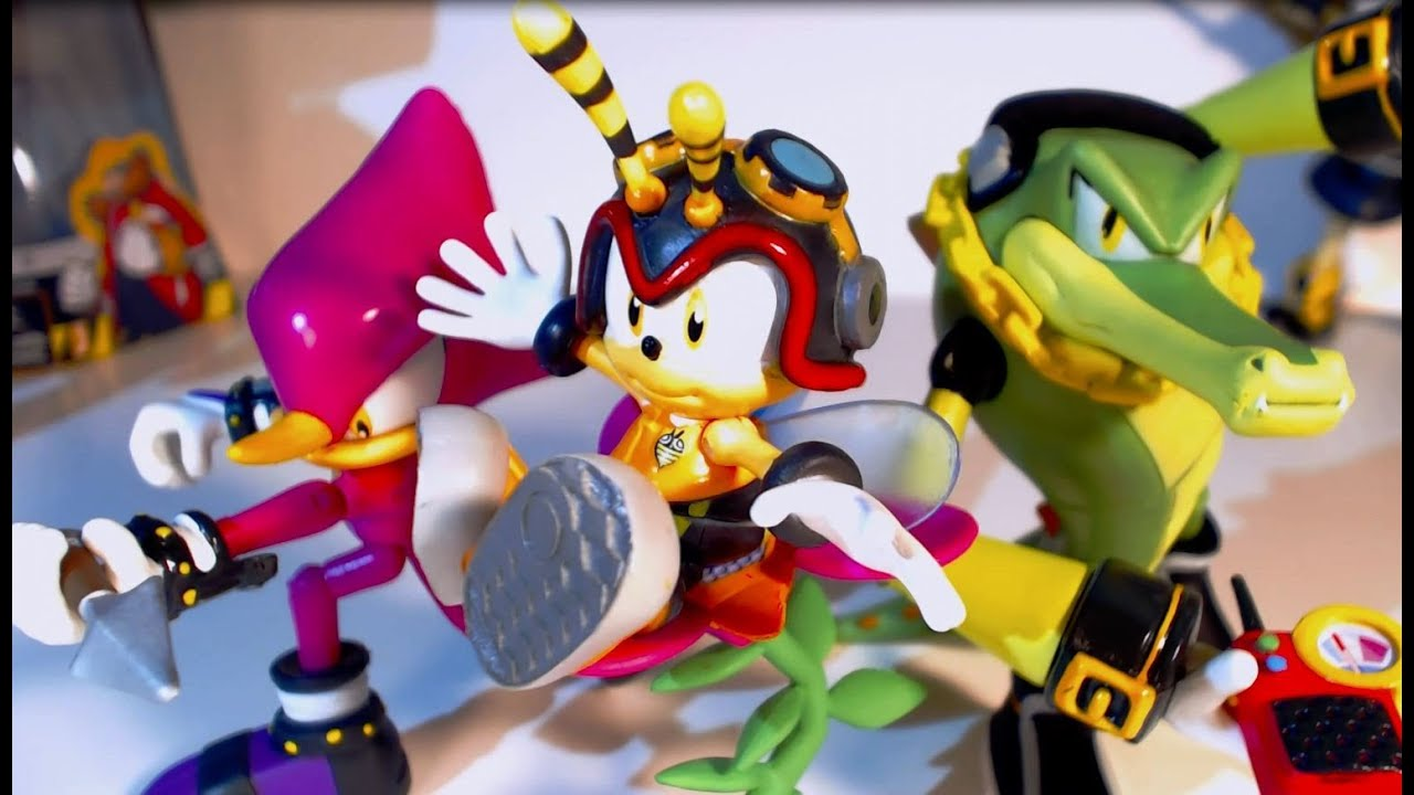 Figure Reviews Chaotix 3 Pack With Charmy Jazwares