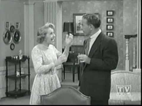 The George Burns and Gracie Allen Show:  George's Portrait (3/3)