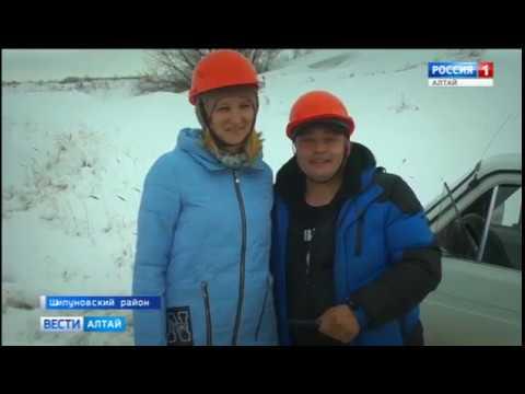 «Снега – по капот!»: в Шипуново джиперы соревновались в формате трофи-рейда