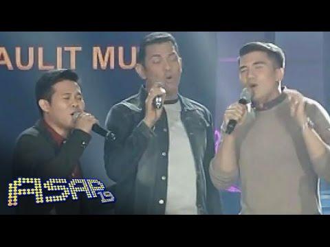 Alex, Luis & Marcelito sing