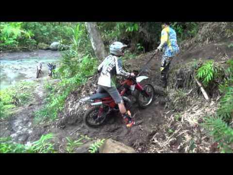 Offroad Enduro Funny Bali - 2x2=5