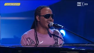 "Stevie Wonder - Valerio Scanu canta ""Overjoyed"" - Tale e Quale Show 26/09/2014"