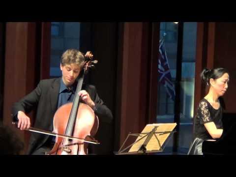 Robert Schumann - Träumerei for Cello and Piano