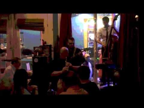 Shotgun Jazz Band plays Sweet Georgia Brown at The Three Muses