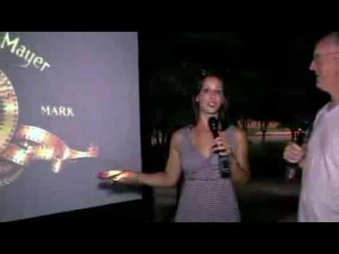 GeekBeat.tv Reviews Elite Screens' YardMaster Outdoor Projection Screen
