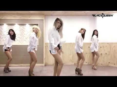 Сексуальные танцы изящной Maria Folgueira