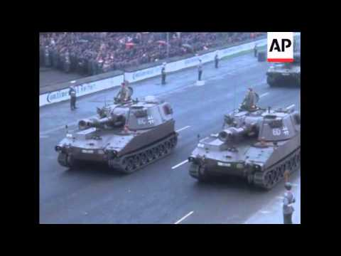 SYND 06/06/1969 WEST GERMAN ARMY HOLDS PARADE