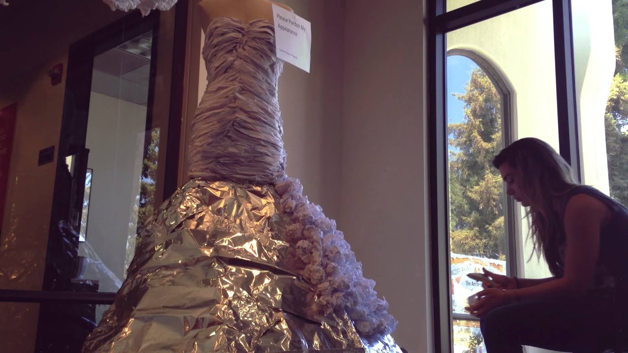 Designer makes Wedding Dress out of recycled paper - YouTube