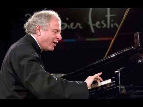 András Schiff plays Mozart - Concerto for piano and orchestra no. 21 in C major - K 467