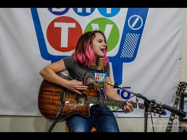 how-i-got-to-memphis-samantha-fish-live-on-bri-tv-blues-radio-international