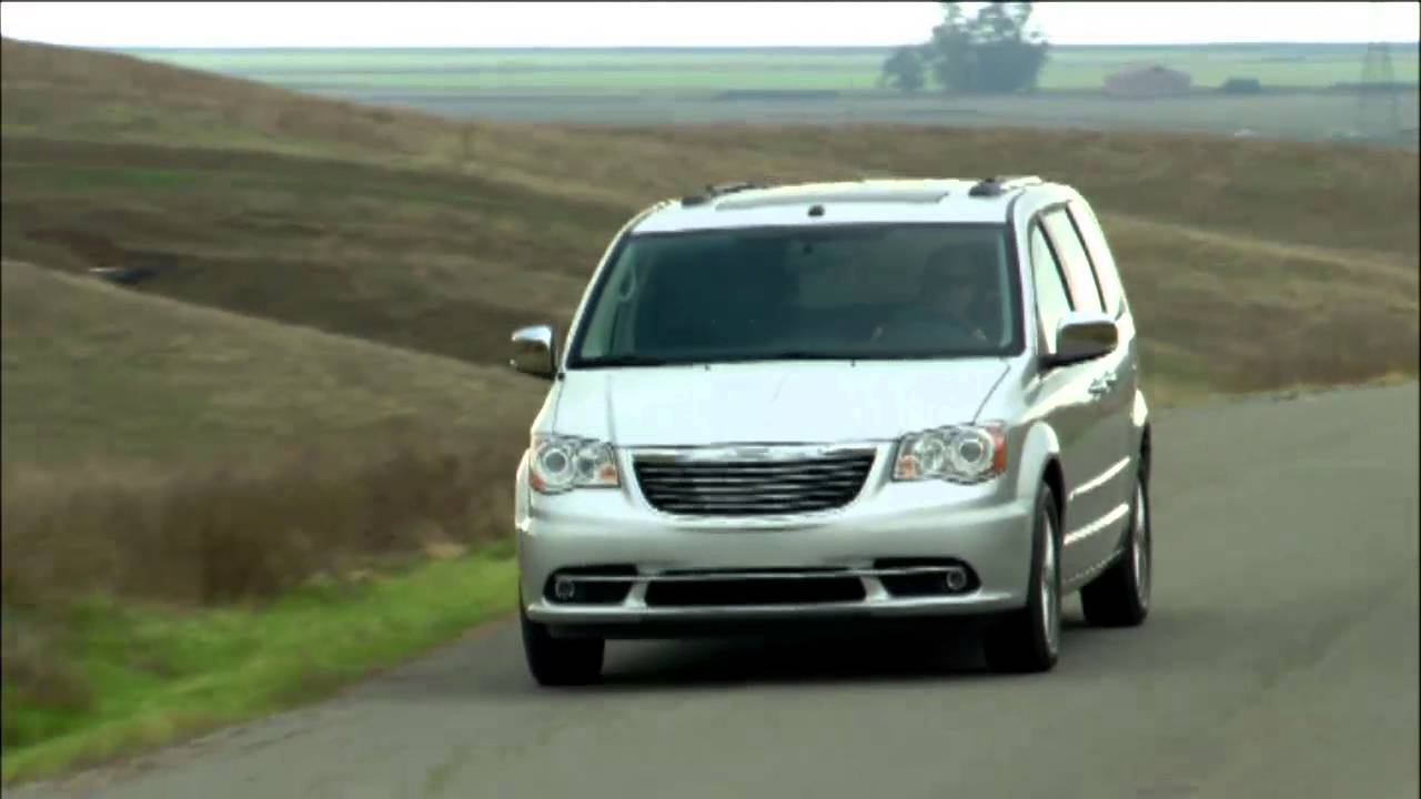2014 chrysler town and country oil change interval
