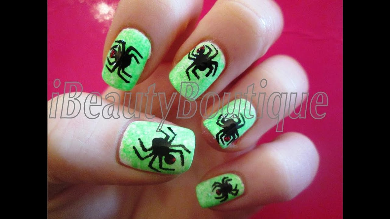 easy halloween spiders - nail art
