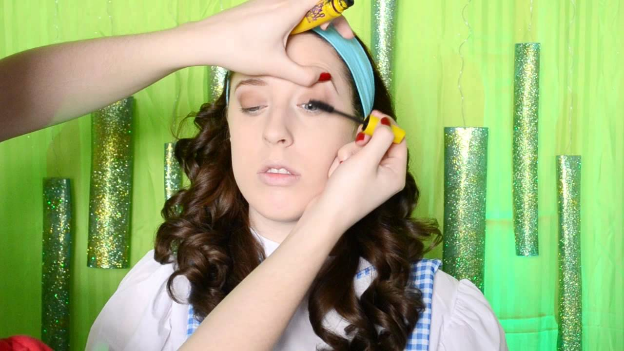 Dorothy Makeup Tutorial - YouTube