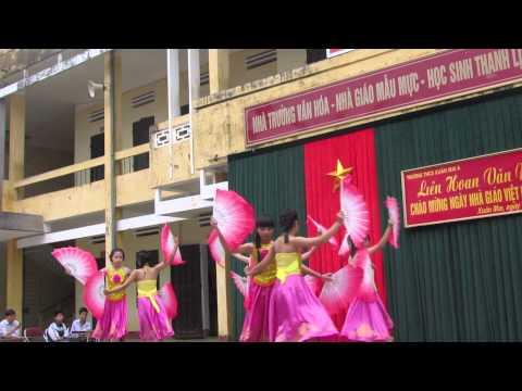 Múa quạt - Cây đa quán dốc - 8A THCS Xuân Mai A (2013)