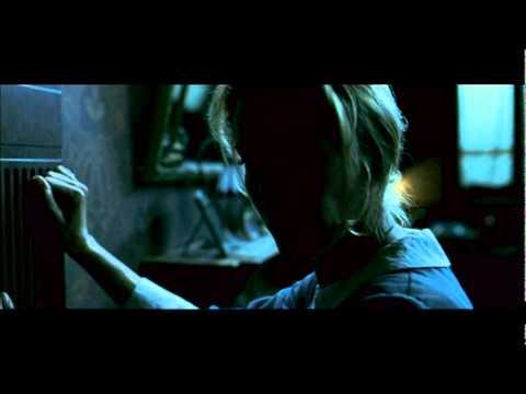 El Orfanato - Un, dos, tres, toca la pared...