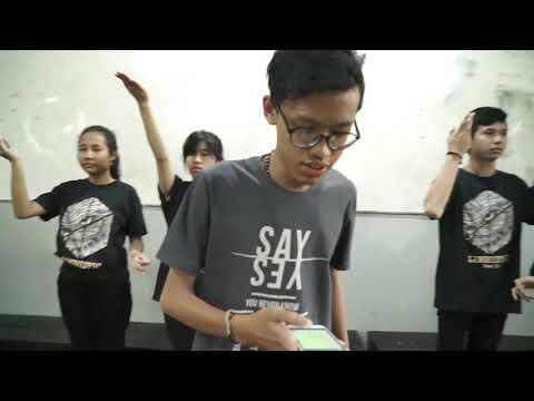 Video Pembelajaran Seni Budaya Putaran Ke 3 | C Tri Dyah Lestari