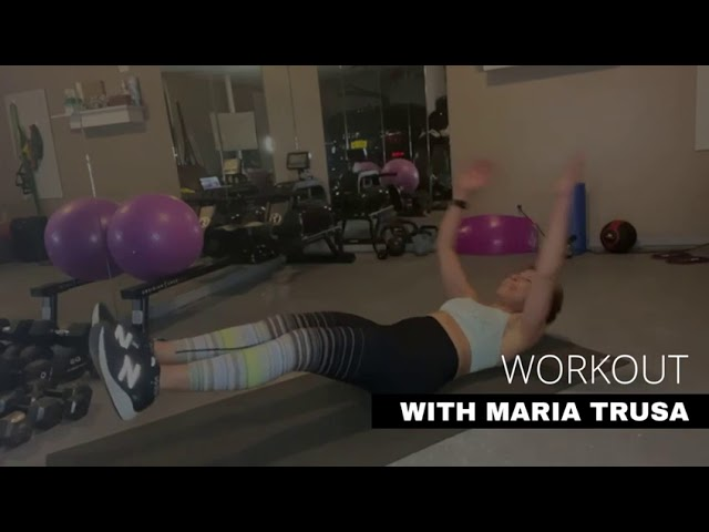 WORKOUT WITH MARÍA Core Routine.