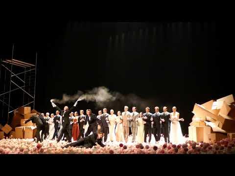 """""""Гвоздики"""" Пины Бауш на сцене Тель-Авива"""