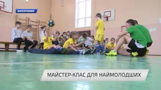 видео Хенд-мейд для ребенка: как правильно вязать детям