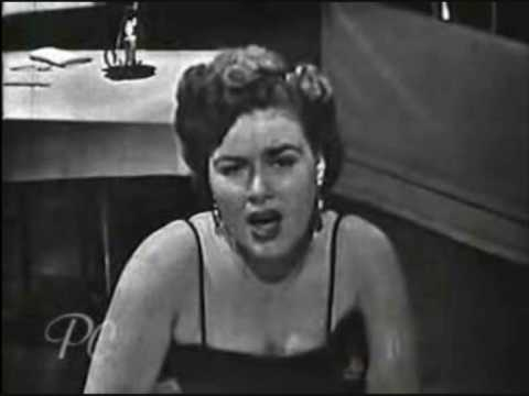 Patsy Cline - Poor Man's Rose's