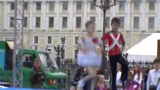 Фильм Мой внук Илья танцует рок н ролл на Дворцовой площади