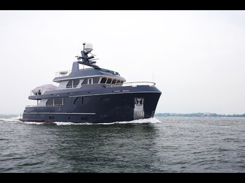 Bering 80 Veda - Steel expedition yacht underway