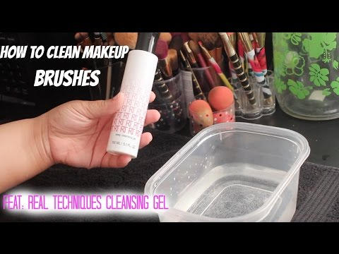 How to clean makeup brushes : Feat Real Techniques Cleansing Gel