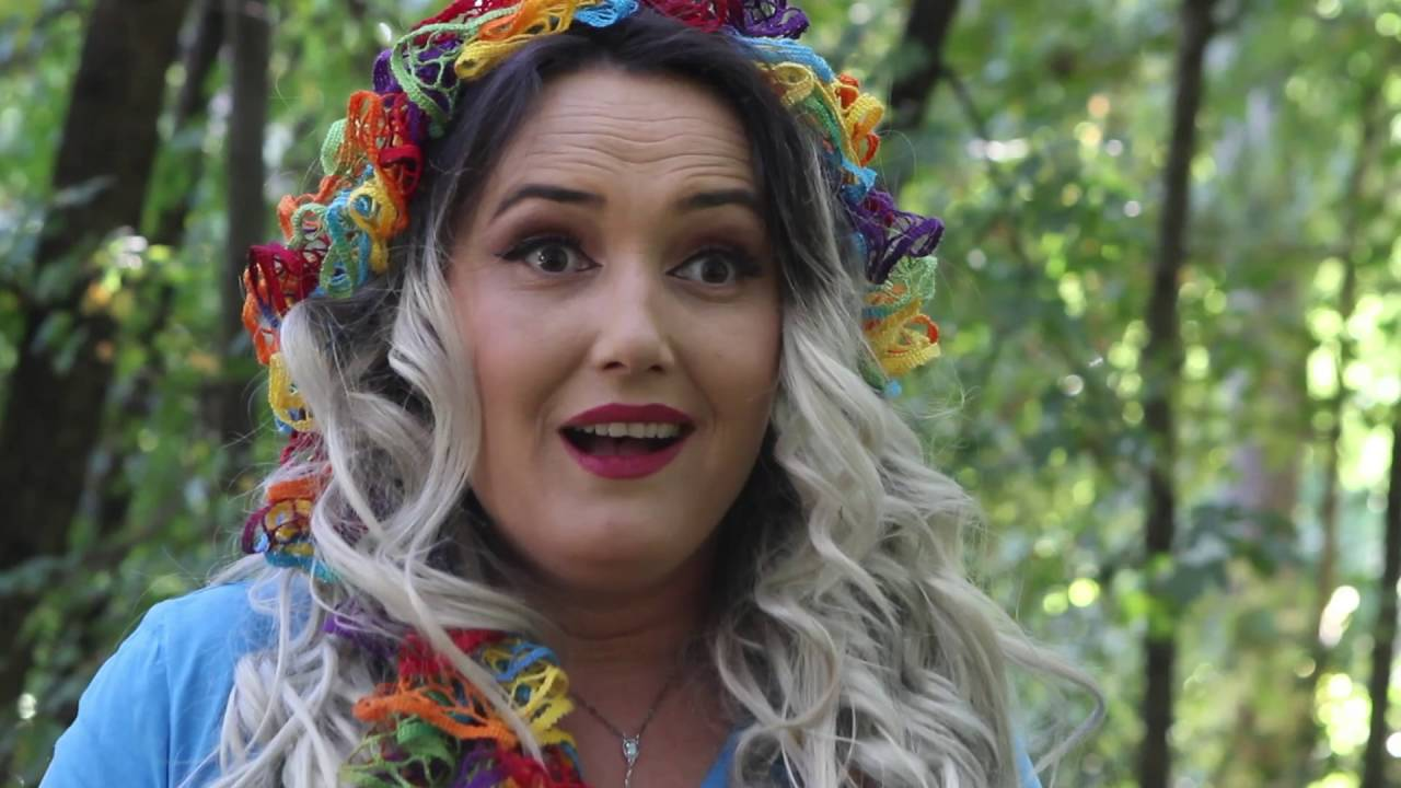 "Humor 2017 (Fiza, Kungji & Dreni) - Dashuria ne shikim te pare ""Fiziluki e Hajdaruki"""