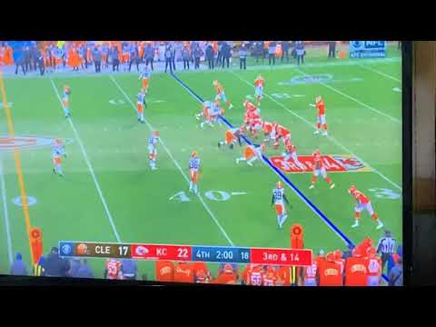Chad Henne Puts Kansas City In AFC Title Game With Clutch Scramble, Throw On 4th And 1; Browns Lose