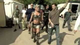 "Beyoncé,Pink,Britney Spears ""Pepsi Gladiator"" behind the scene-Rome-Italy  22 sept 2003"