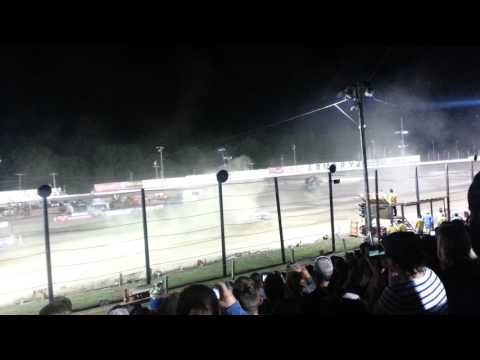 Gravedigger monster jam Lebanon Valley Speedway July 2017